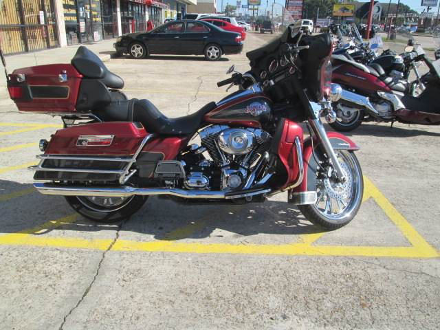 2007 Harley-Davidson Electra Glide® Classic in Houston, Texas - Photo 1