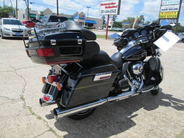 2013 Harley-Davidson Ultra Classic® Electra Glide® in Houston, Texas - Photo 6