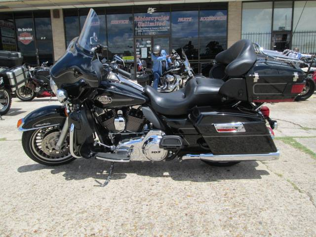2013 Harley-Davidson Ultra Classic® Electra Glide® in Houston, Texas - Photo 7