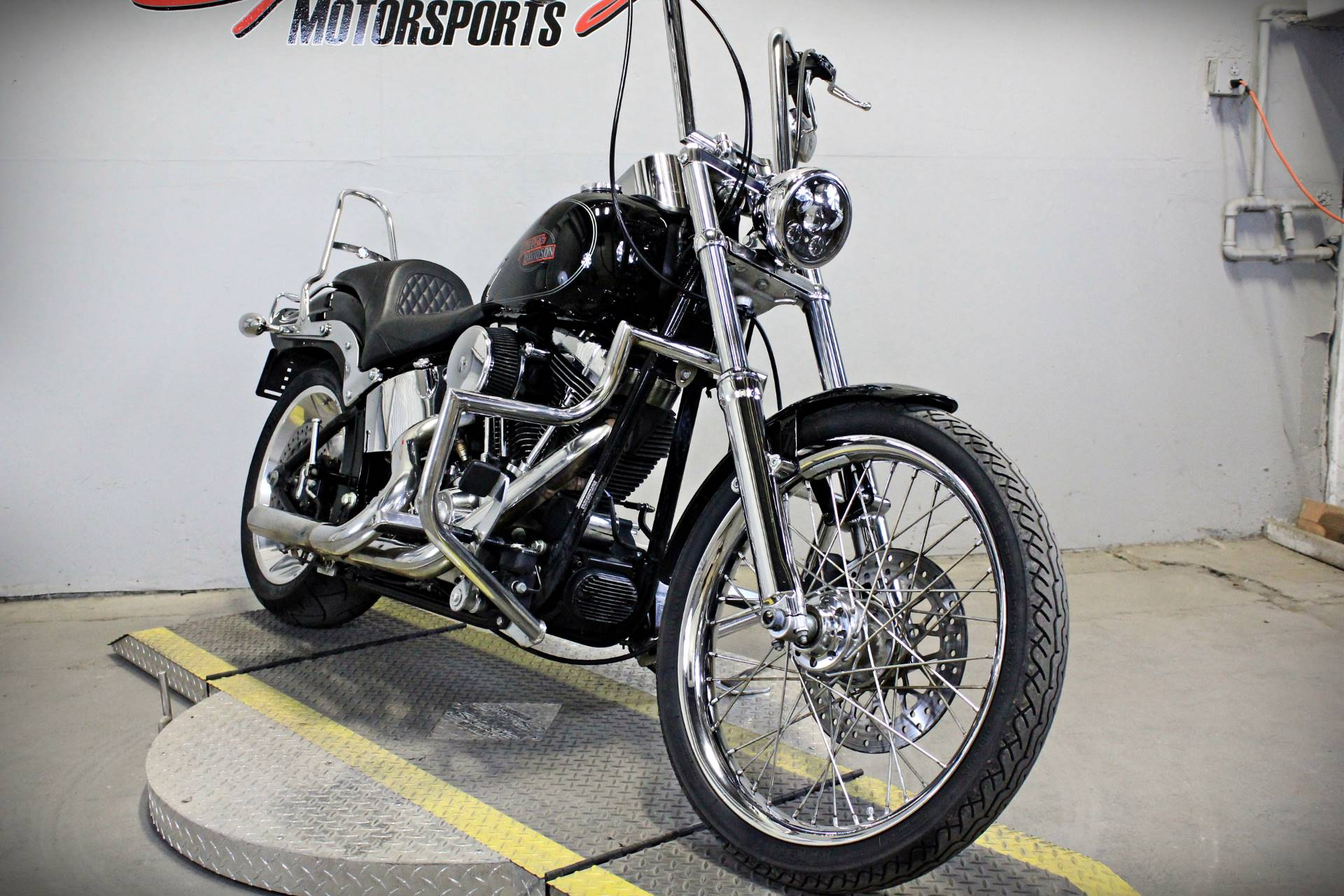 2009 Harley-Davidson Softail® Custom in Sacramento, California - Photo 2