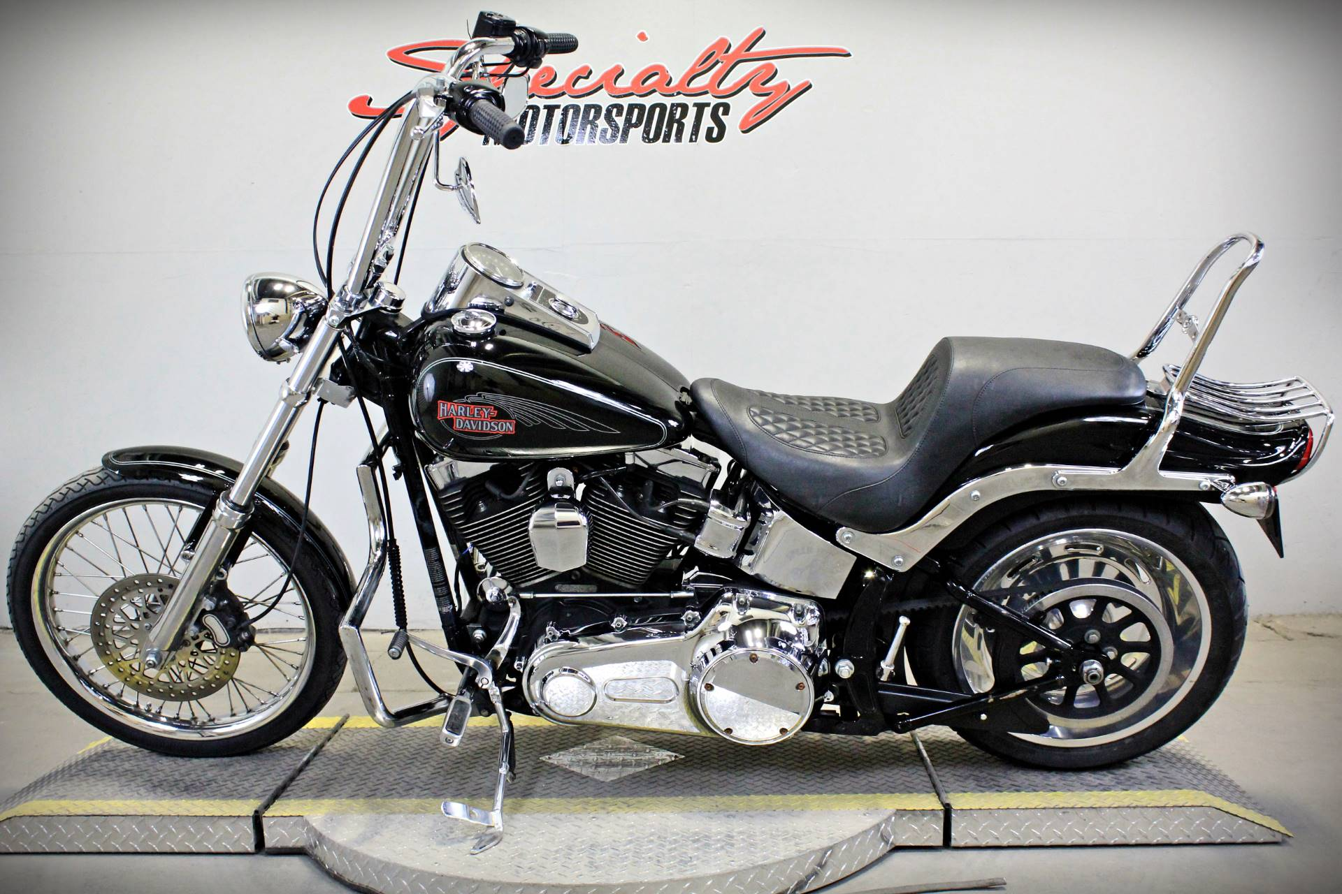 2009 Harley-Davidson Softail® Custom in Sacramento, California - Photo 4