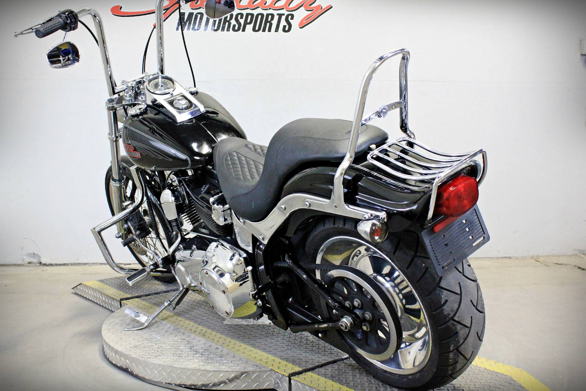 2009 Harley-Davidson Softail® Custom in Sacramento, California - Photo 5