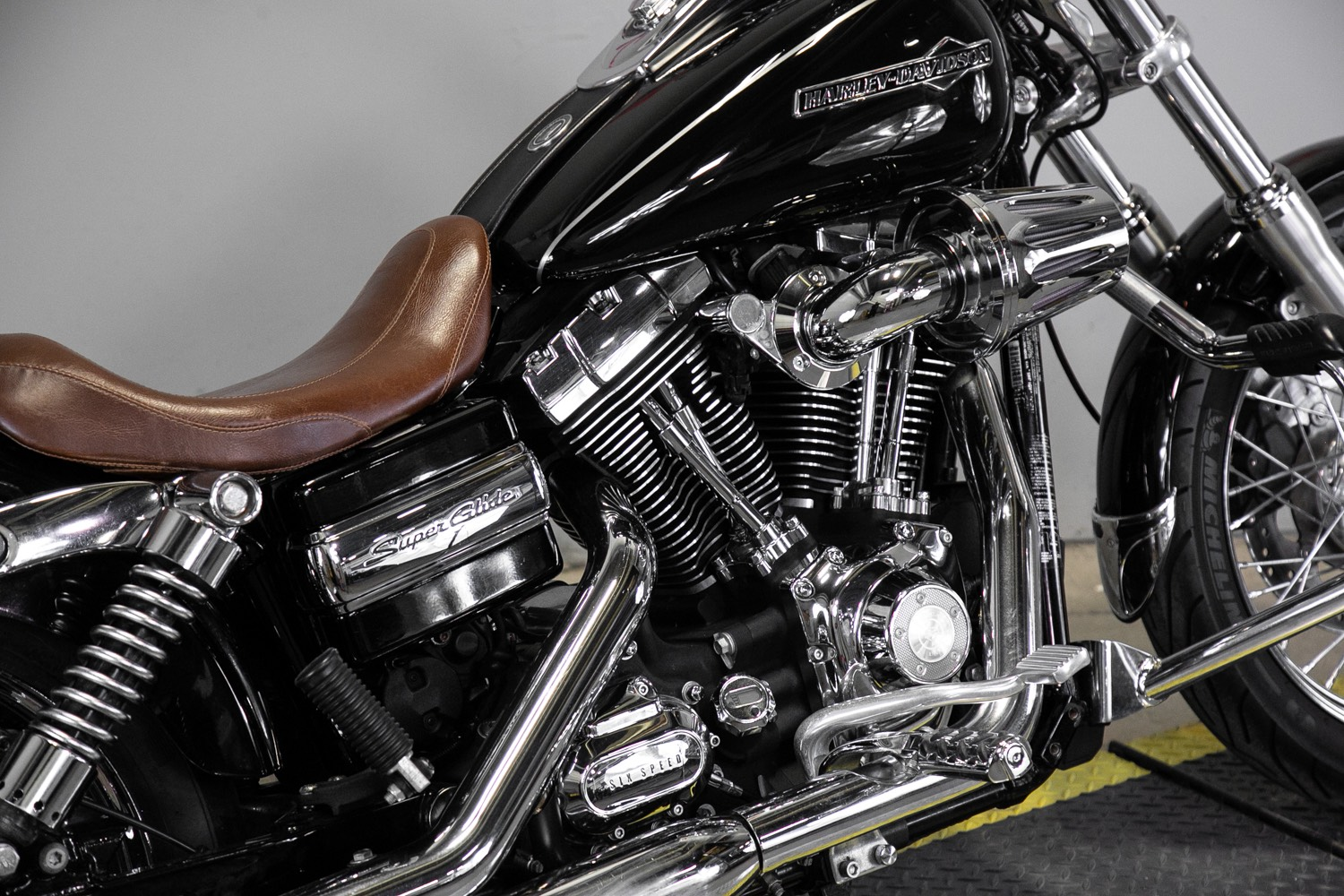2013 Harley-Davidson Dyna® Super Glide® Custom in Sacramento, California - Photo 10