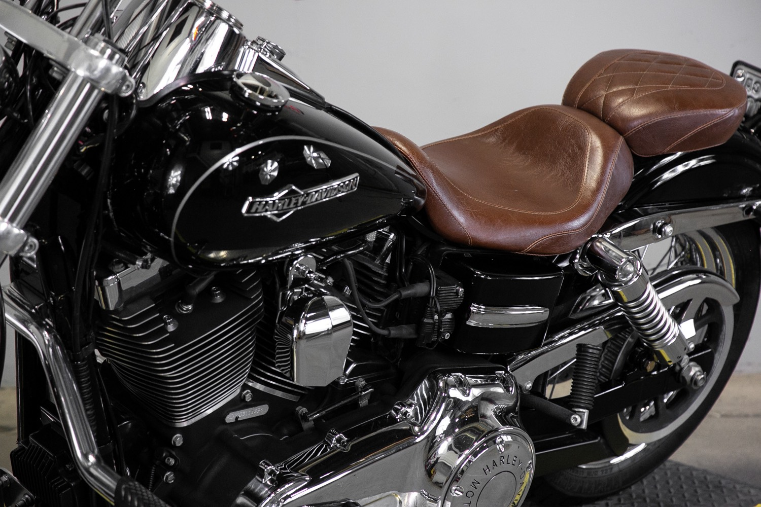 2013 Harley-Davidson Dyna® Super Glide® Custom in Sacramento, California - Photo 14