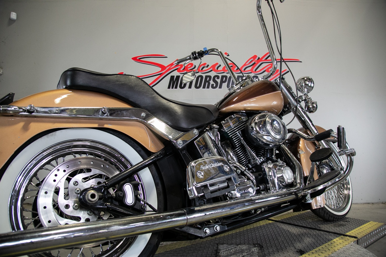 2011 Harley-Davidson Heritage Softail® Classic in Sacramento, California - Photo 15