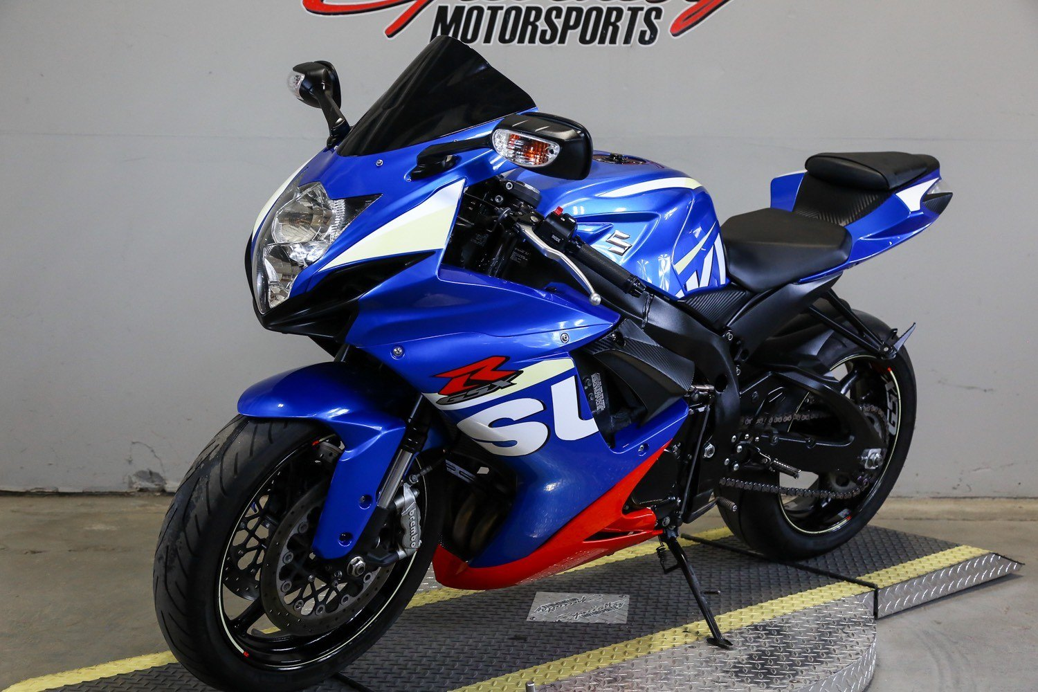 2015 Suzuki GSX-R600 in Sacramento, California - Photo 5