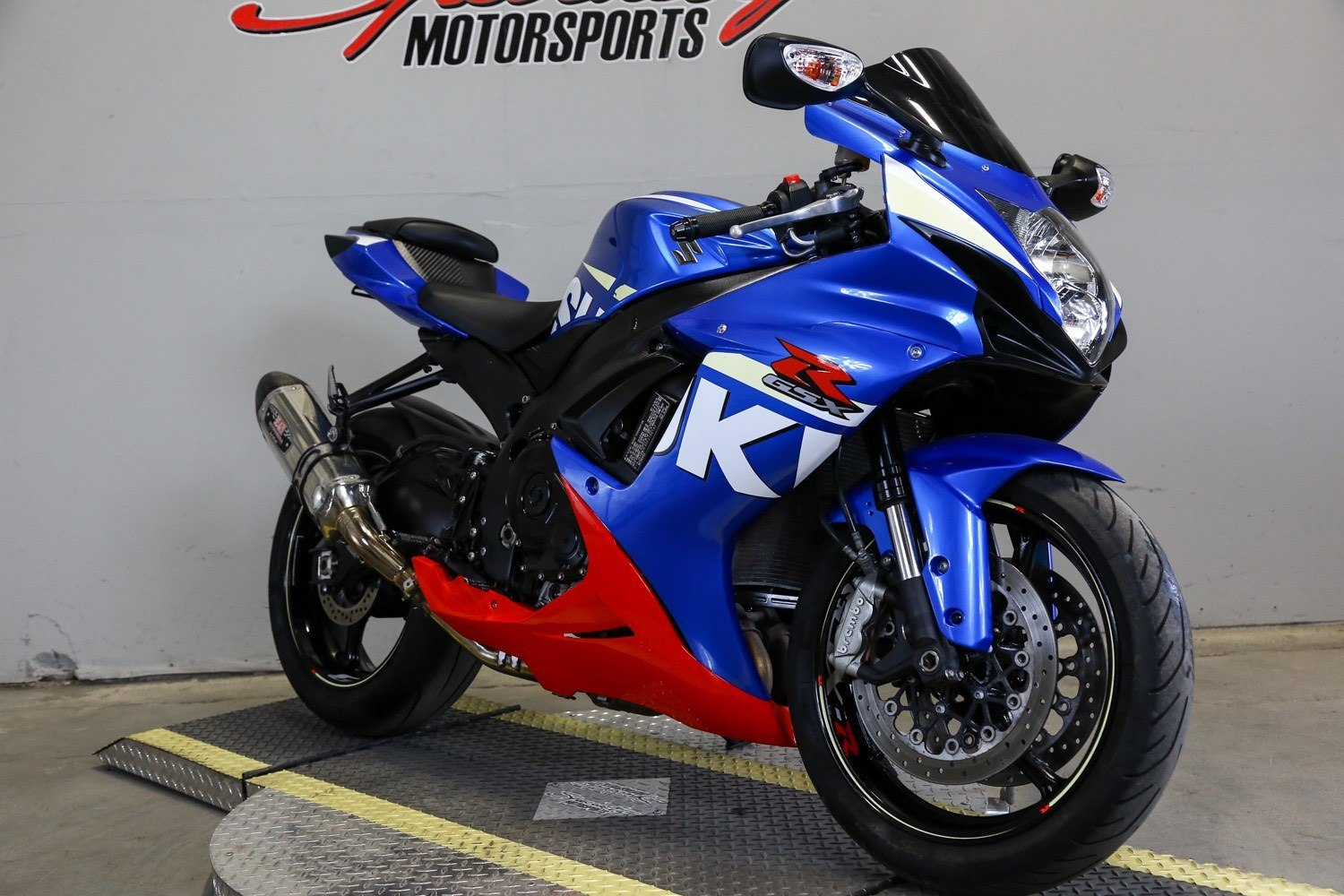 2015 Suzuki GSX-R600 in Sacramento, California - Photo 6