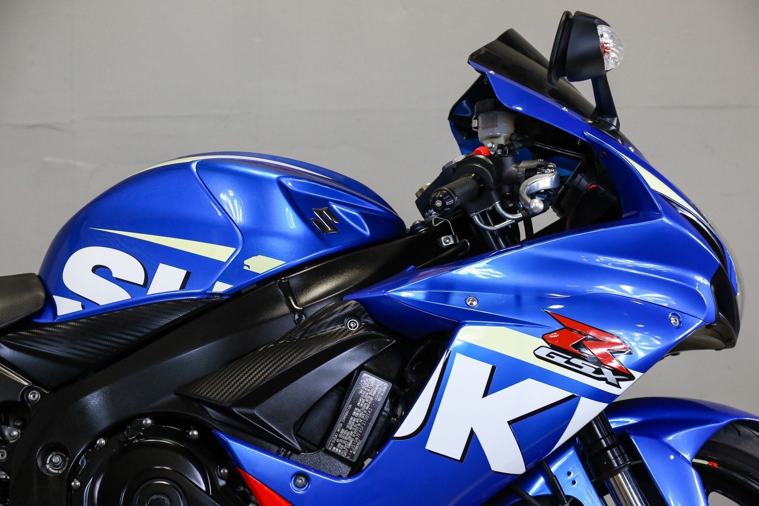 2015 Suzuki GSX-R600 in Sacramento, California - Photo 8