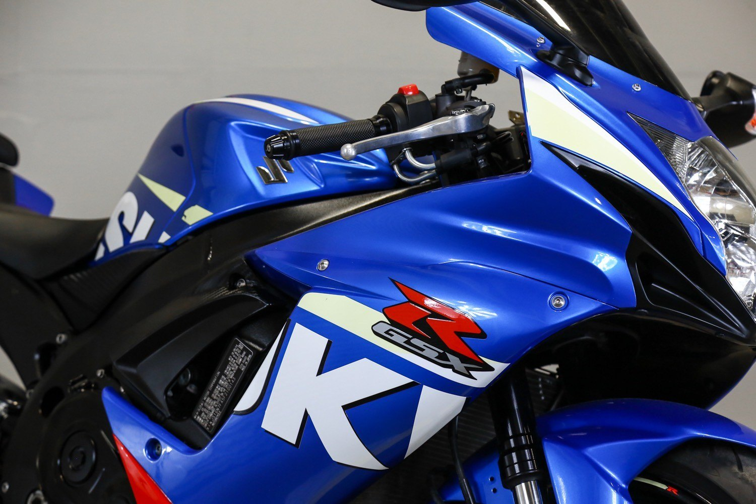 2015 Suzuki GSX-R600 in Sacramento, California - Photo 14