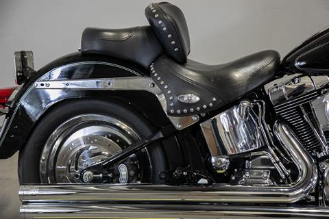 2004 Harley-Davidson FLSTC/FLSTCI Heritage Softail® Classic in Sacramento, California - Photo 9