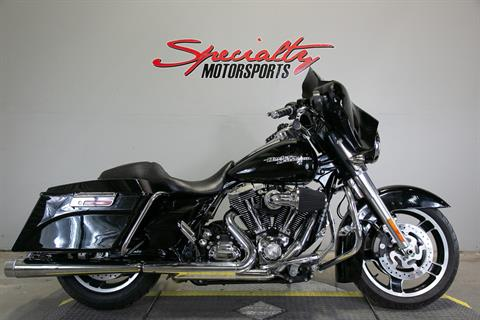 2011 Harley-Davidson Street Glide® in Sacramento, California - Photo 1