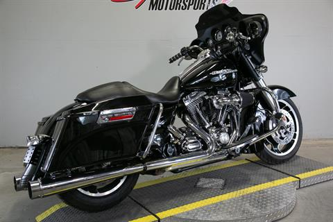 2011 Harley-Davidson Street Glide® in Sacramento, California - Photo 2