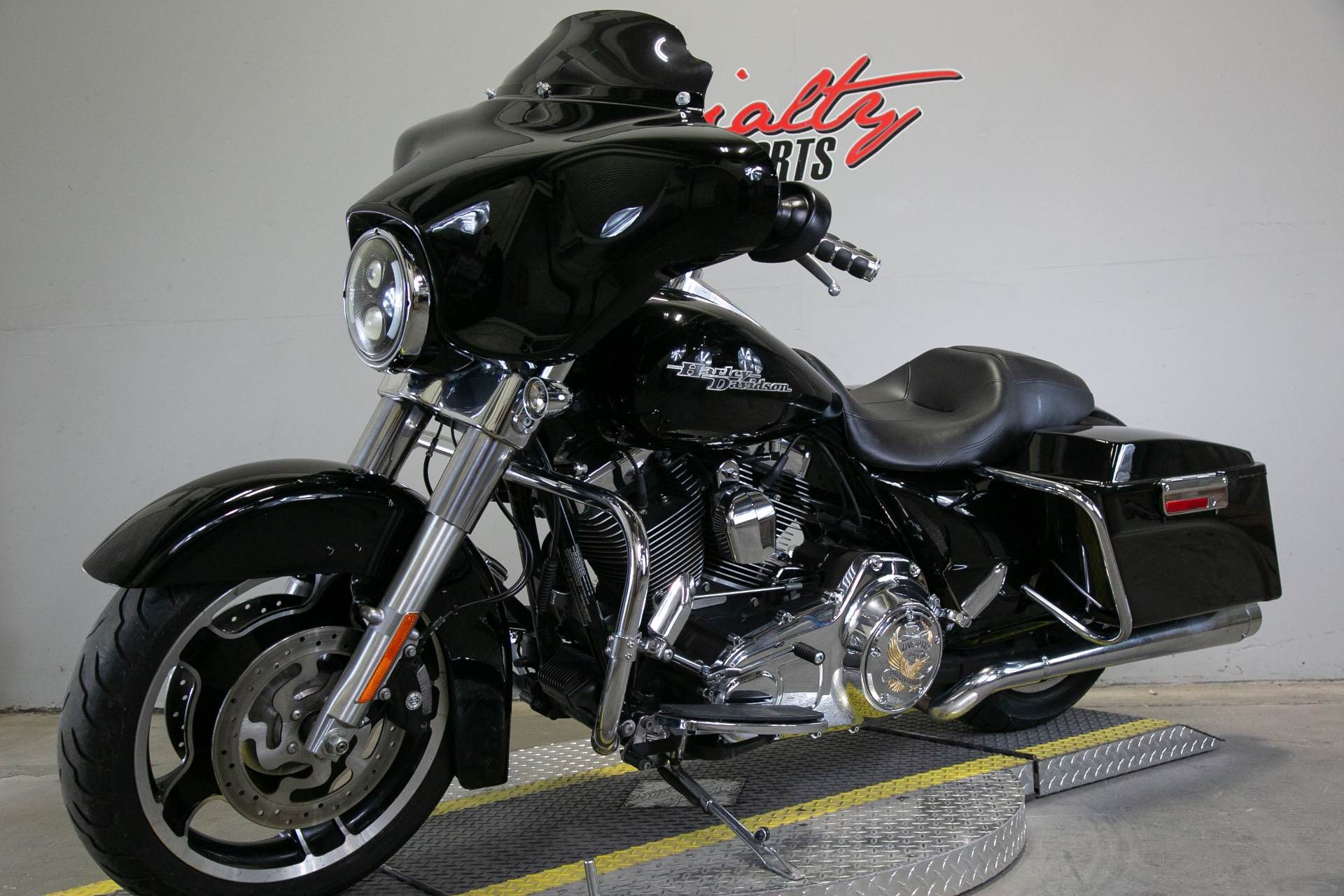 2011 Harley-Davidson Street Glide® in Sacramento, California - Photo 5