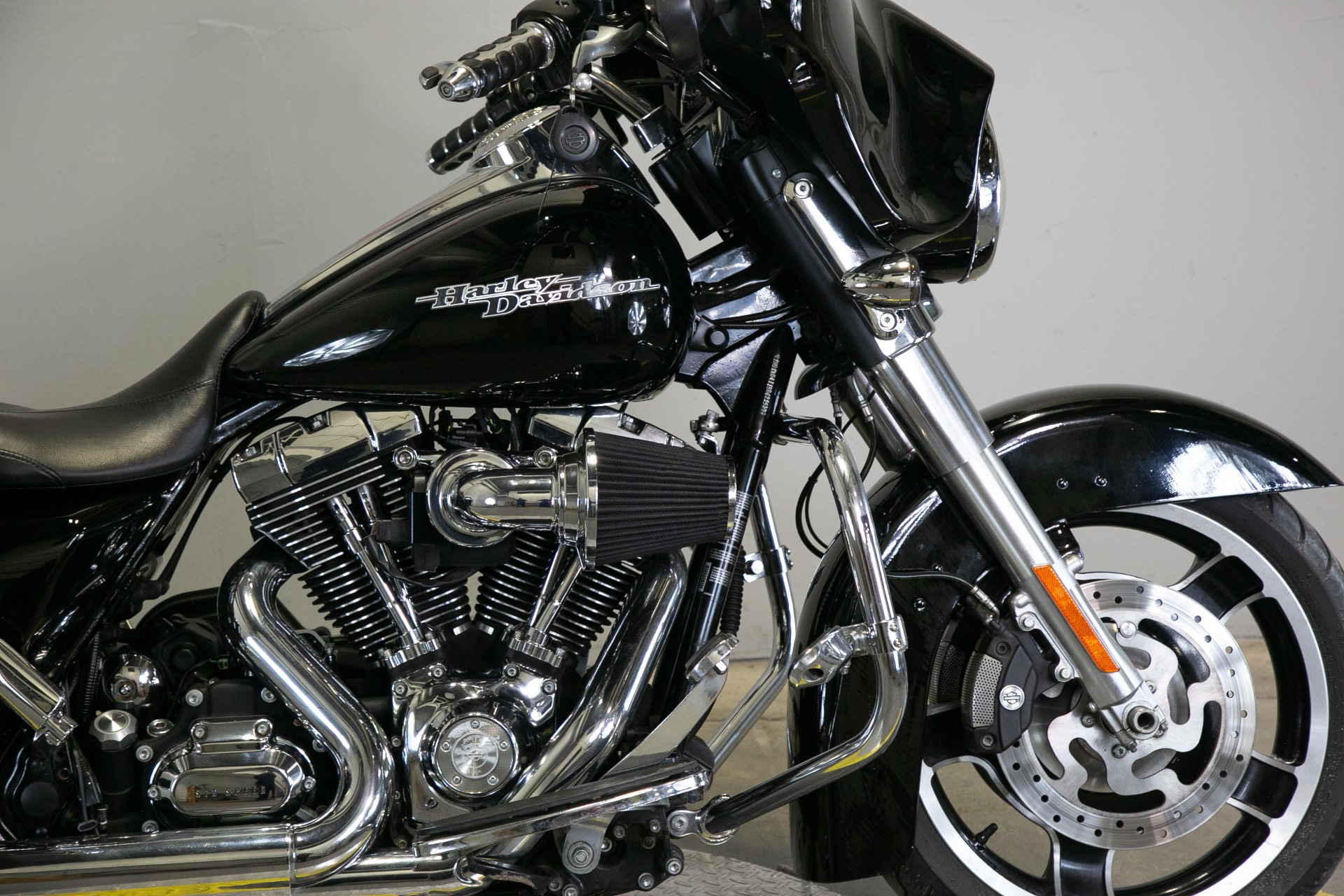 2011 Harley-Davidson Street Glide® in Sacramento, California - Photo 8