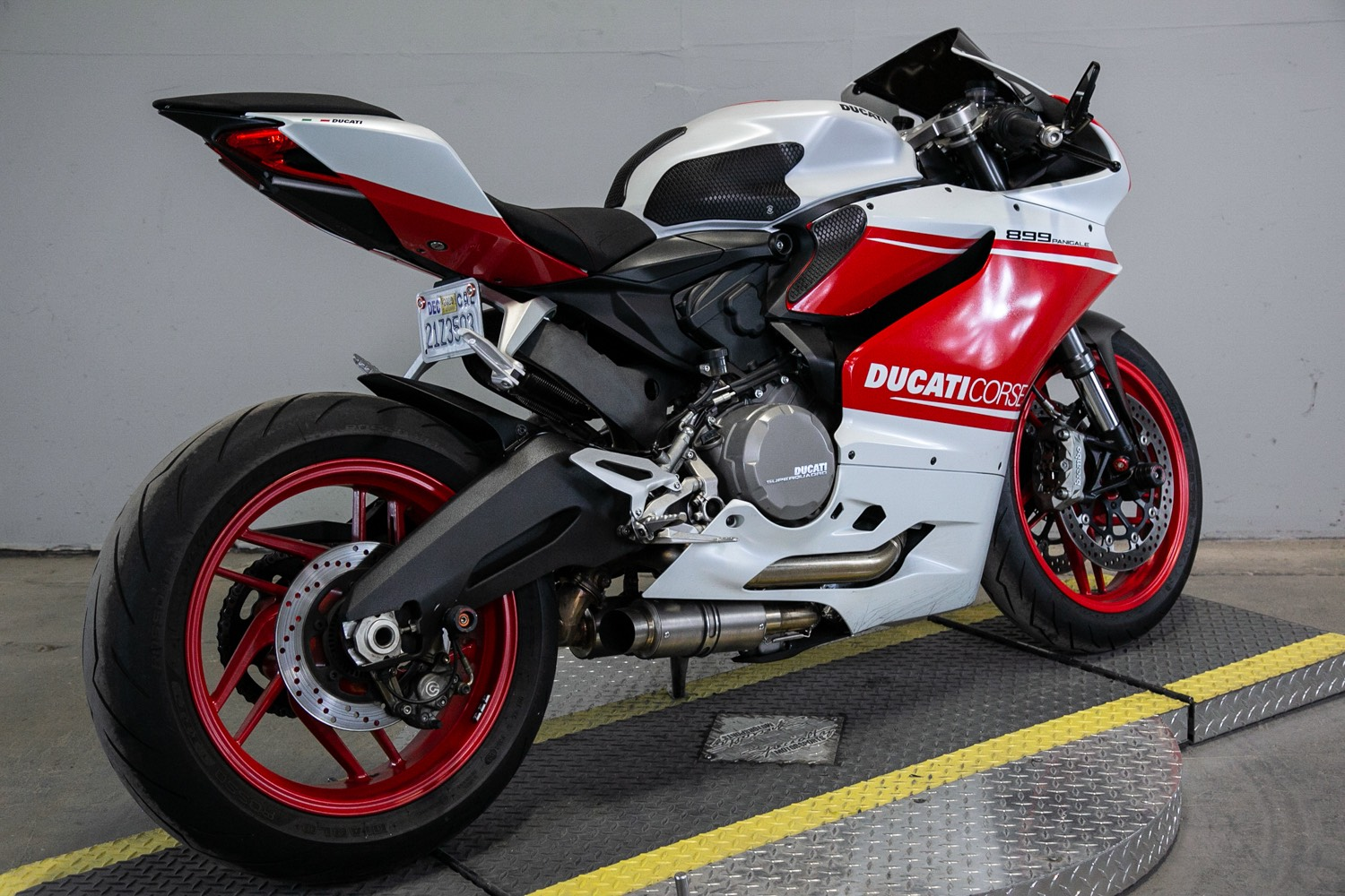 2015 Ducati 899 Panigale in Sacramento, California - Photo 2