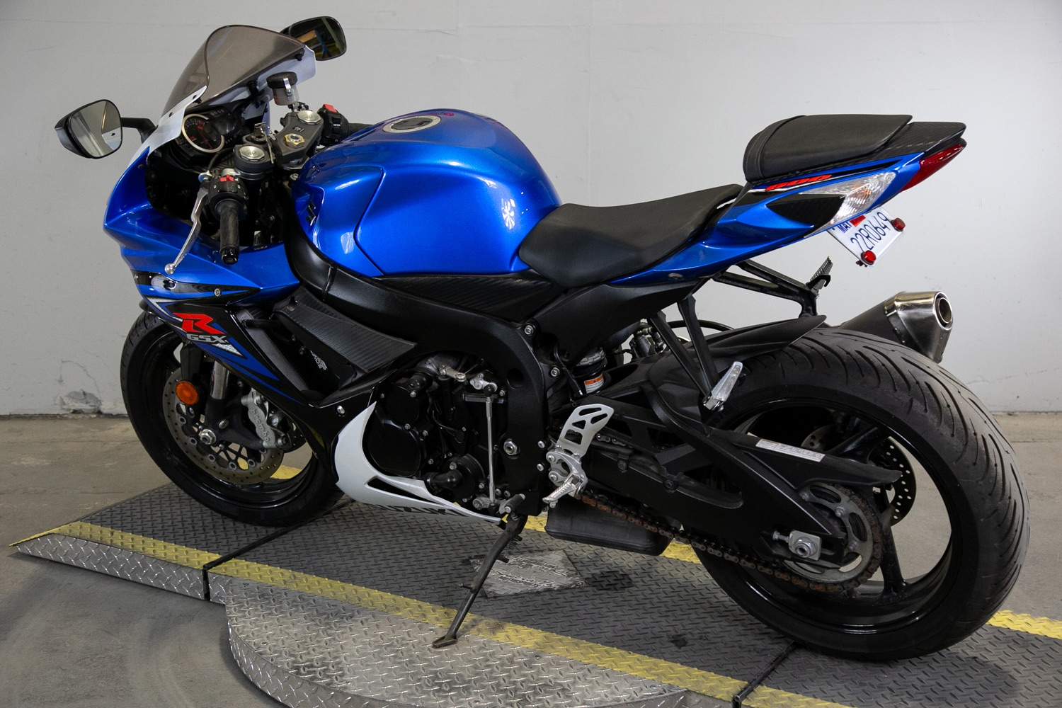 2014 Suzuki GSX-R600™ in Sacramento, California - Photo 3