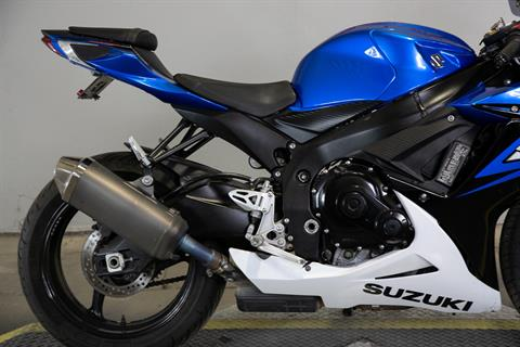 2014 Suzuki GSX-R600™ in Sacramento, California - Photo 9