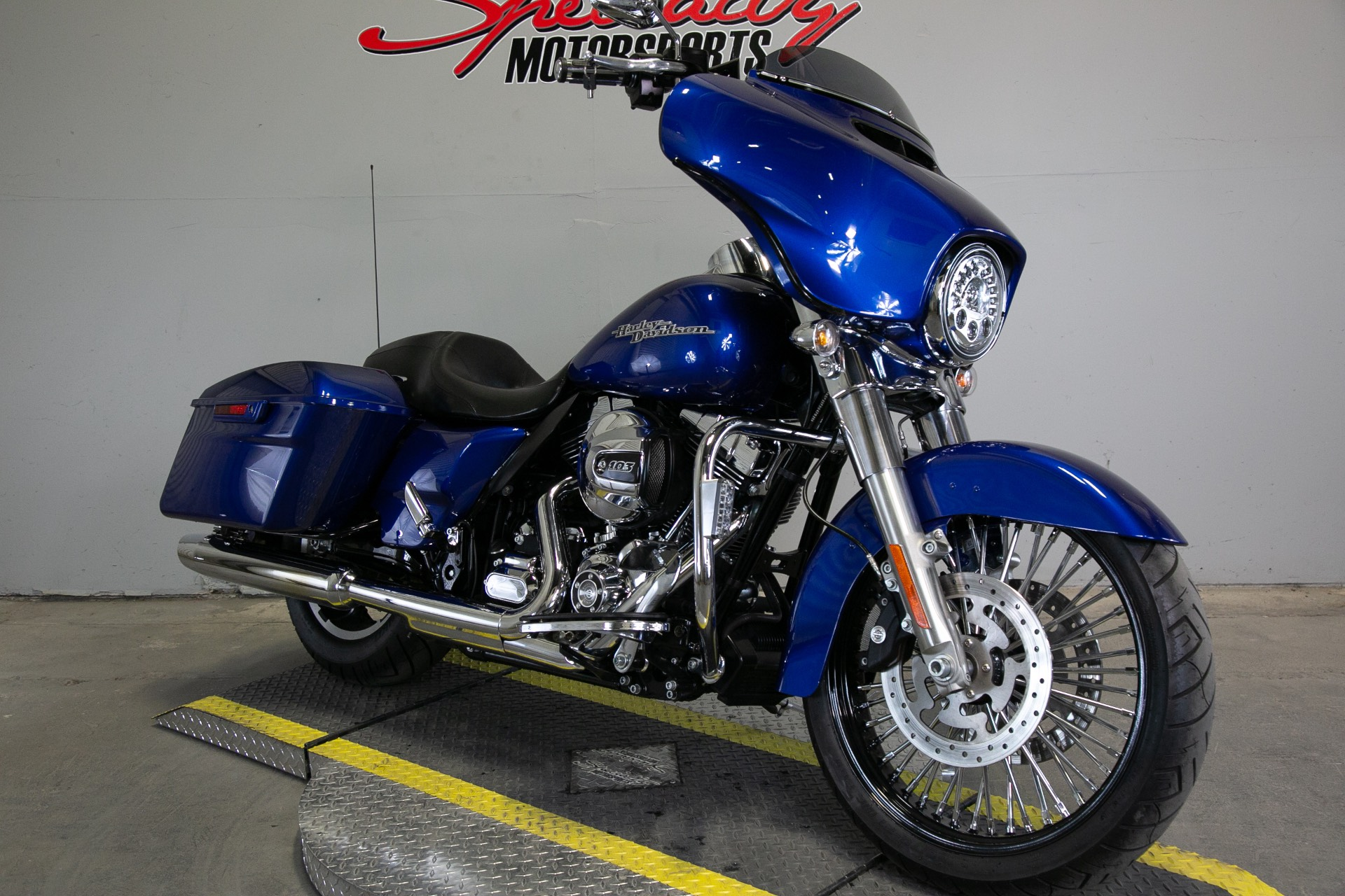 2015 Harley-Davidson Street Glide® in Sacramento, California - Photo 6