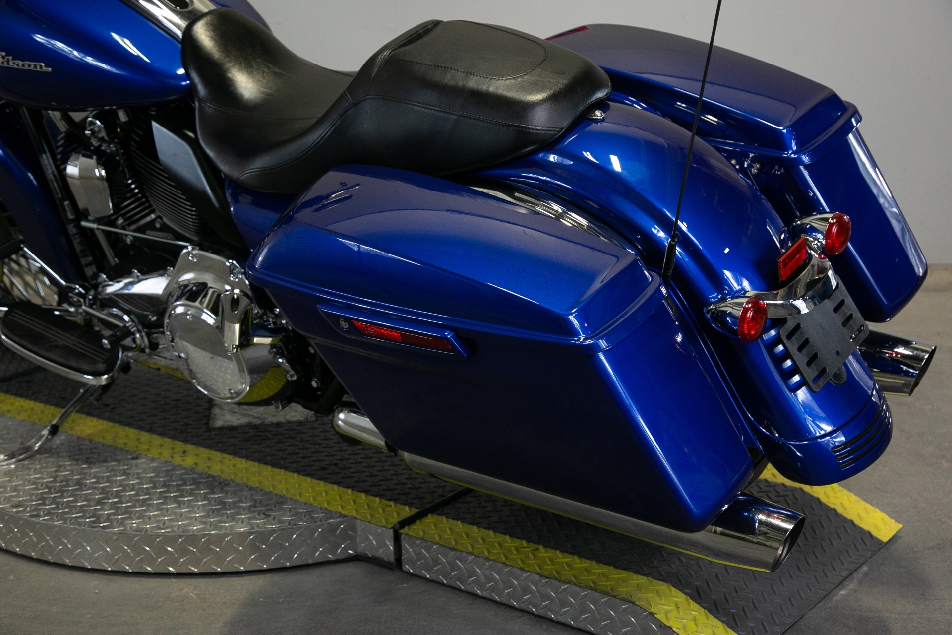 2015 Harley-Davidson Street Glide® in Sacramento, California - Photo 14