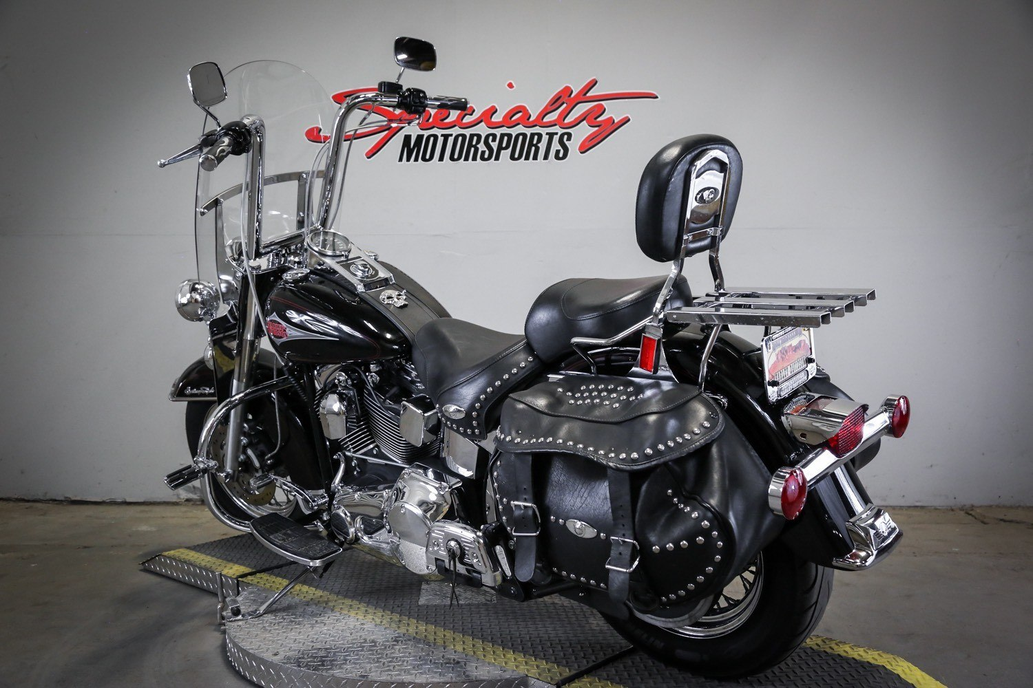 2000 Harley-Davidson FLSTC Heritage Softail® Classic in Sacramento, California - Photo 3