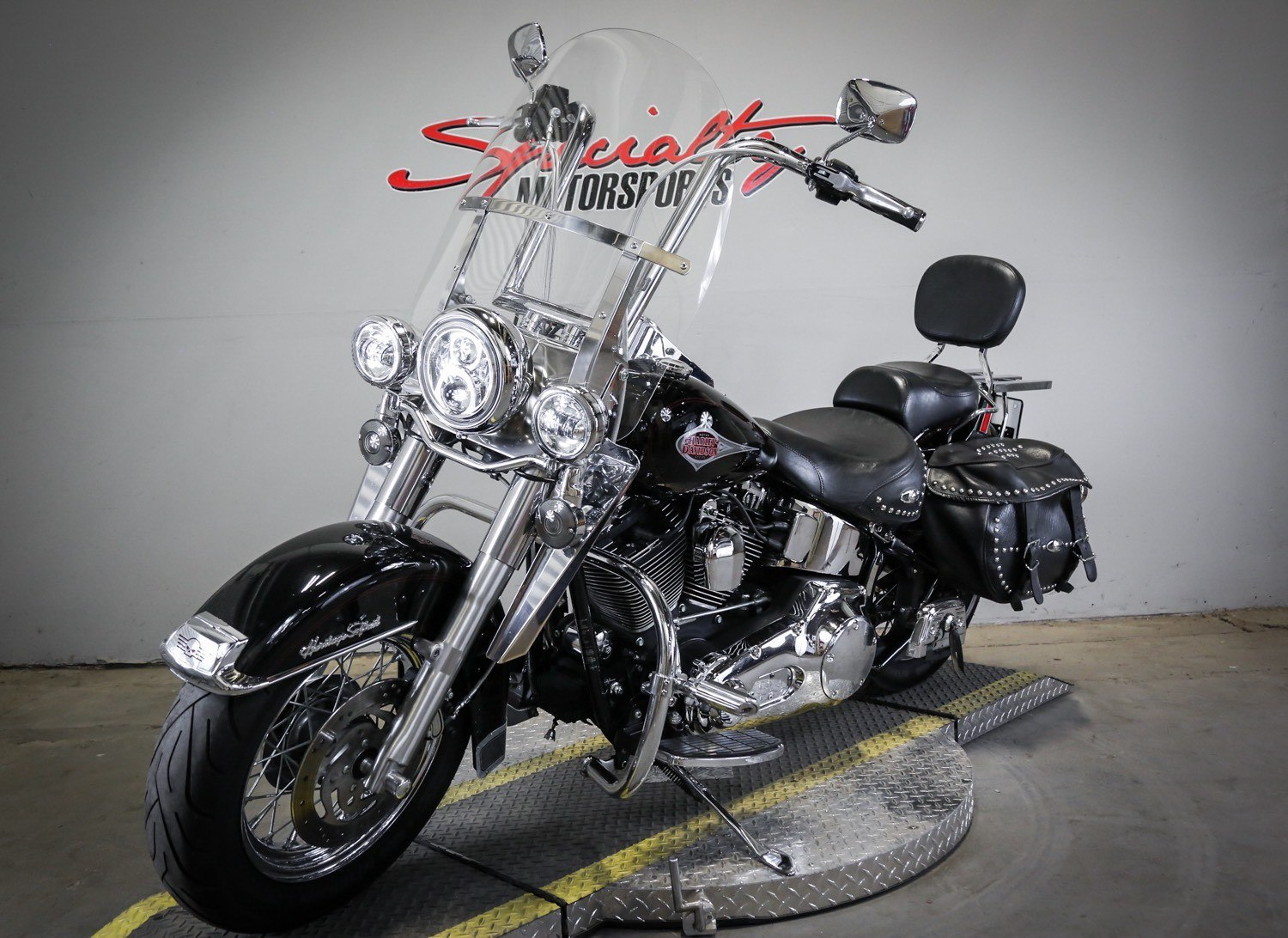 2000 Harley-Davidson FLSTC Heritage Softail® Classic in Sacramento, California - Photo 5