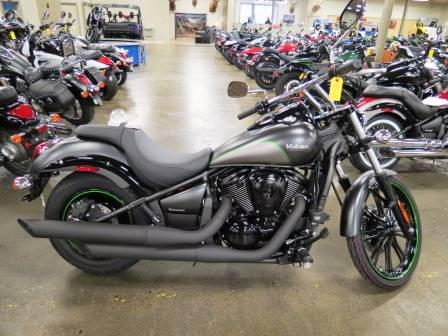 2017 Kawasaki Vulcan 900 Custom in Romney, West Virginia