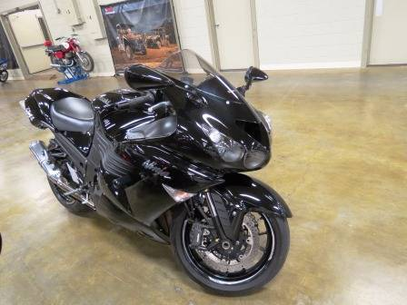 2011 Kawasaki Ninja® ZX™-14 in Romney, West Virginia