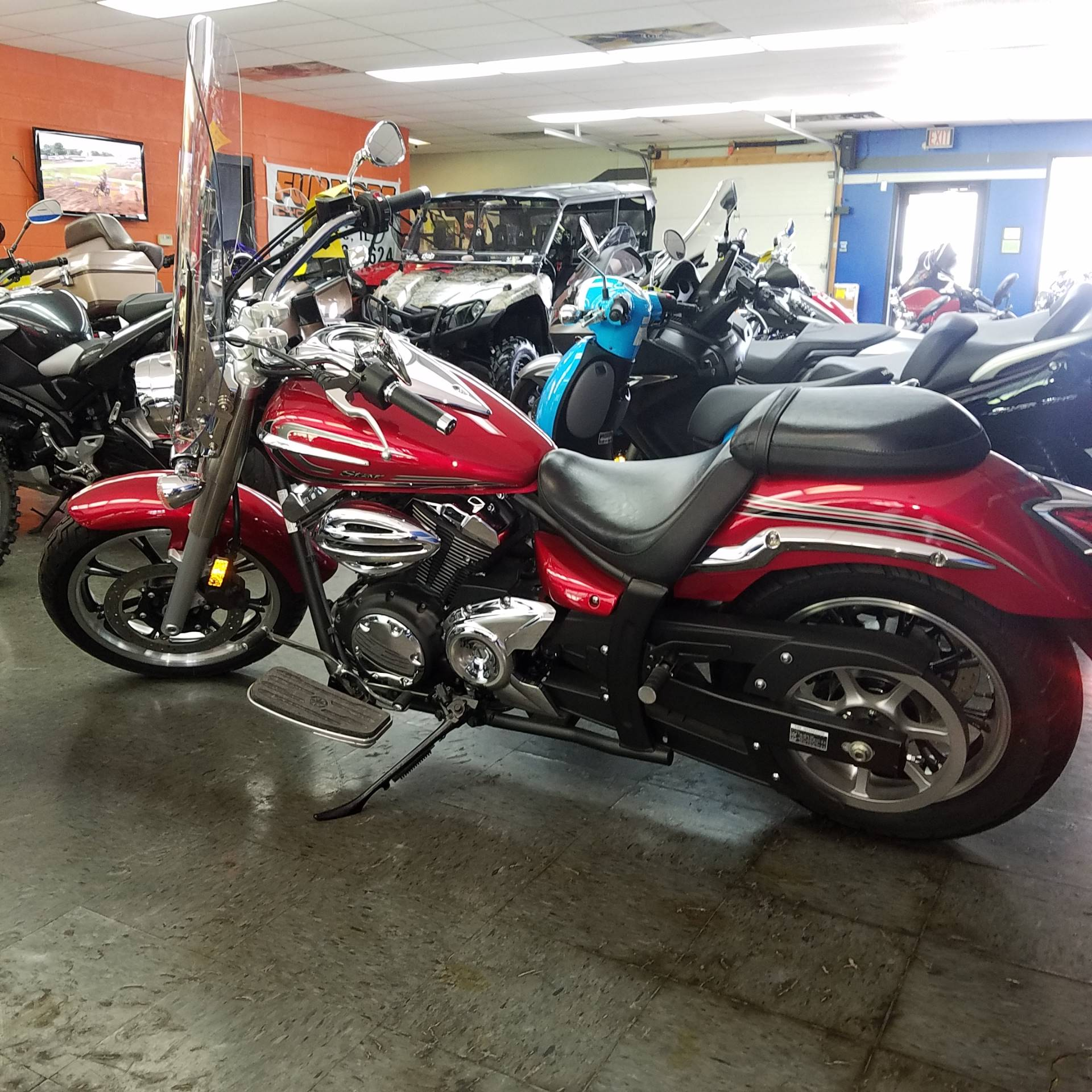 2014 Yamaha V Star 950 in Moline, Illinois - Photo 3