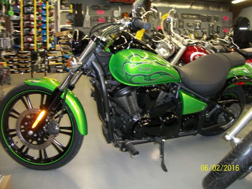 2014 Kawasaki Vulcan® 900 Custom in New Castle, Pennsylvania