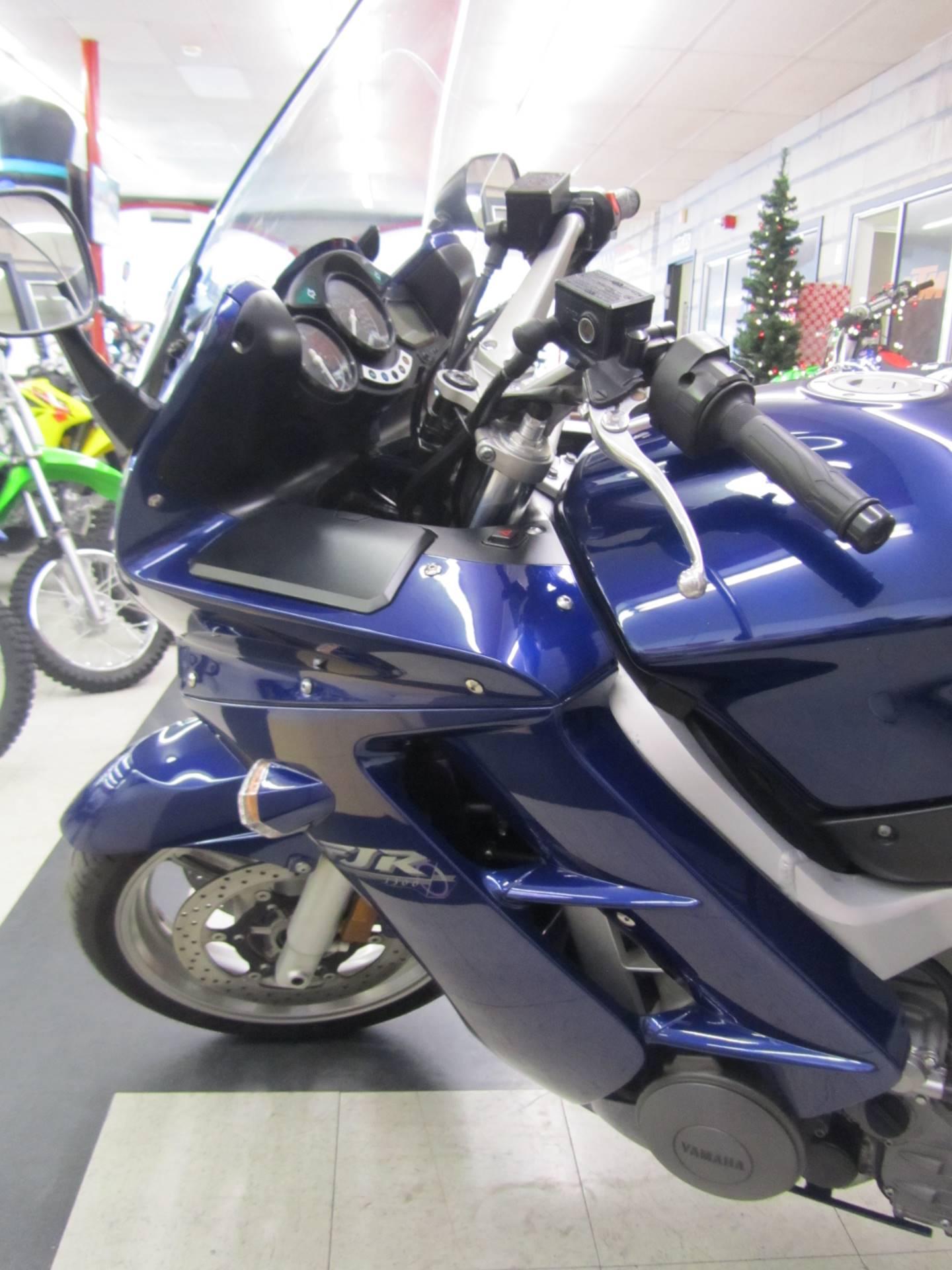 2005 Yamaha FJR 1300A 3