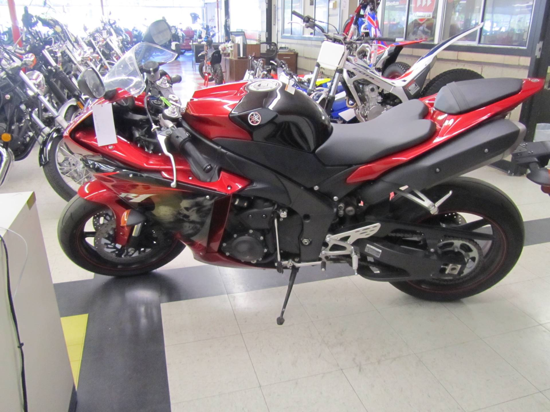 2011 Yamaha YZF-R1 for sale 198318