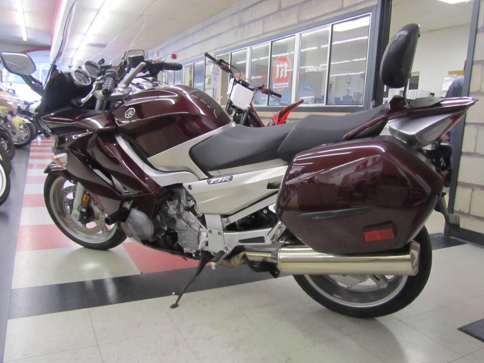 2007 Yamaha FJR 1300A 1
