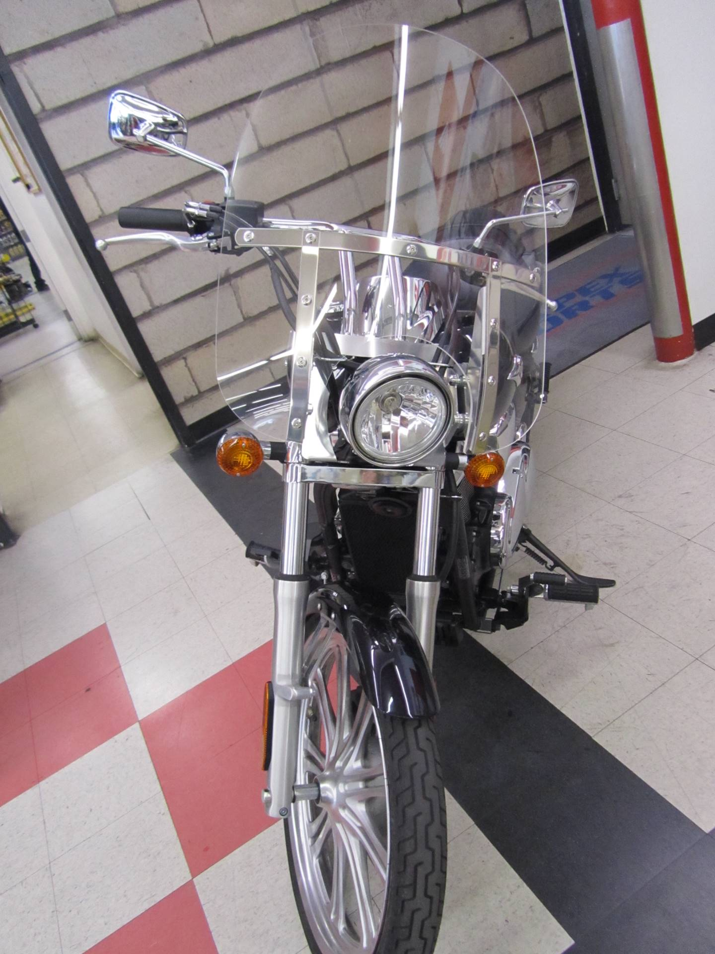 2012 Kawasaki Vulcan® 900 Custom in Colorado Springs, Colorado