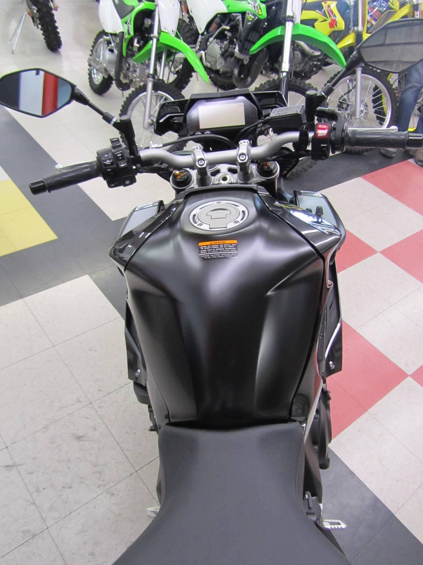 2017 Yamaha FZ-10 10