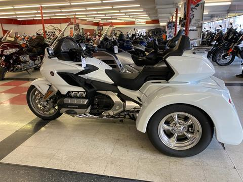 2018 Honda Gold Wing Tour Automatic DCT in Colorado Springs, Colorado - Photo 1