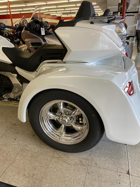 2018 Honda Gold Wing Tour Automatic DCT in Colorado Springs, Colorado - Photo 2