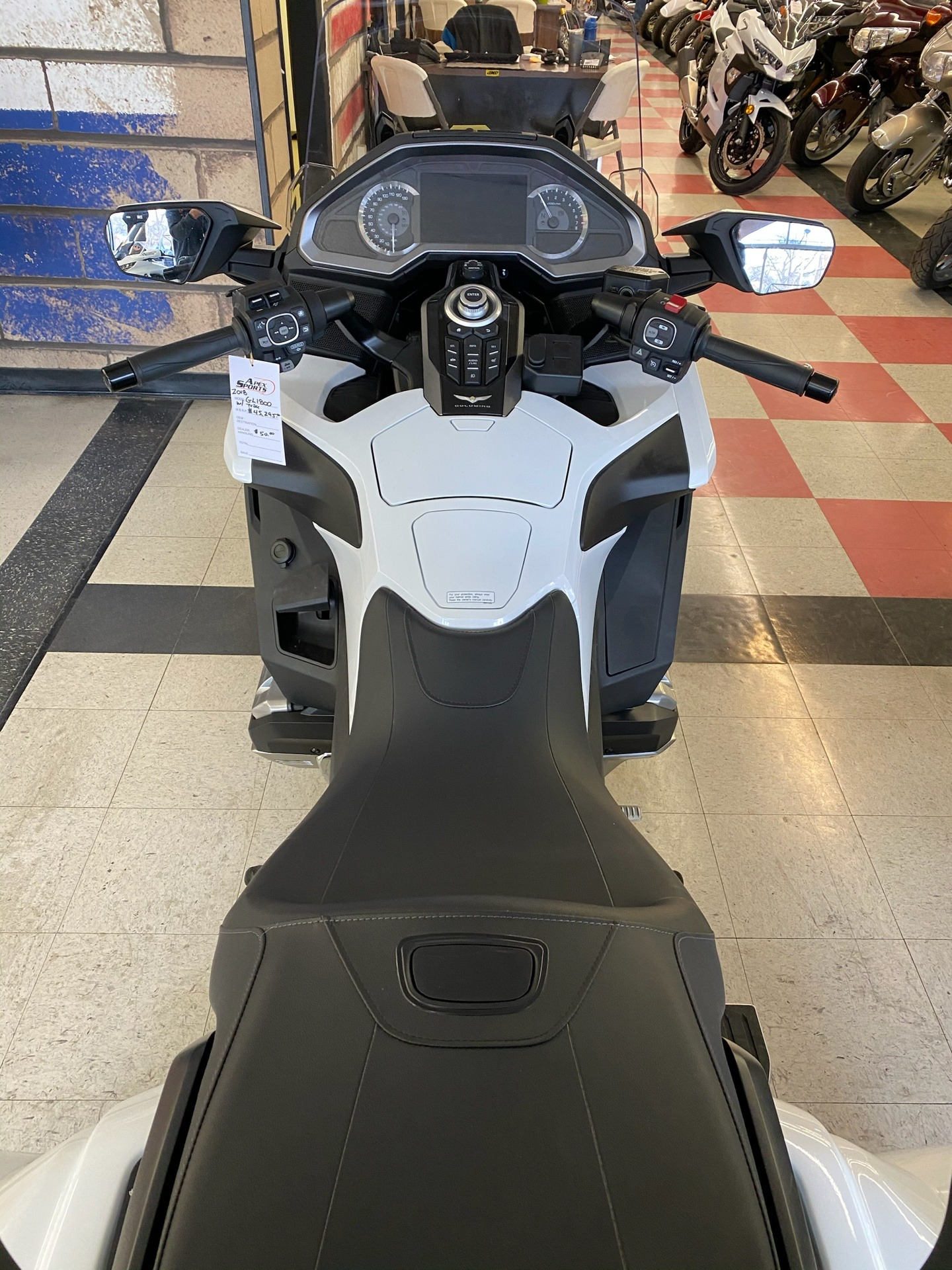 2018 Honda Gold Wing Tour Automatic DCT in Colorado Springs, Colorado - Photo 11