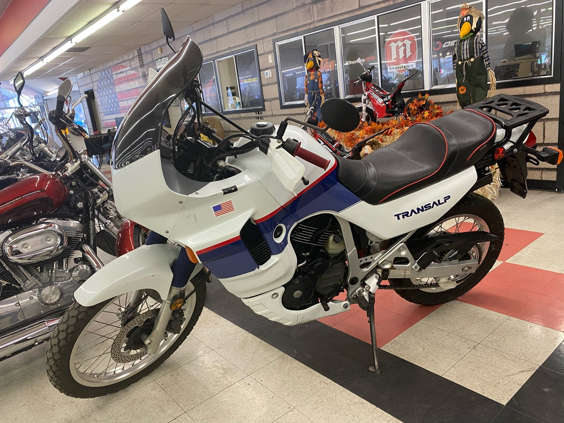 1989 Honda XL600 V TRANSALP in Colorado Springs, Colorado - Photo 1