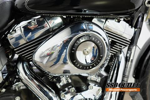 2009 Harley-Davidson Dyna® Low Rider® in Eden Prairie, Minnesota - Photo 8