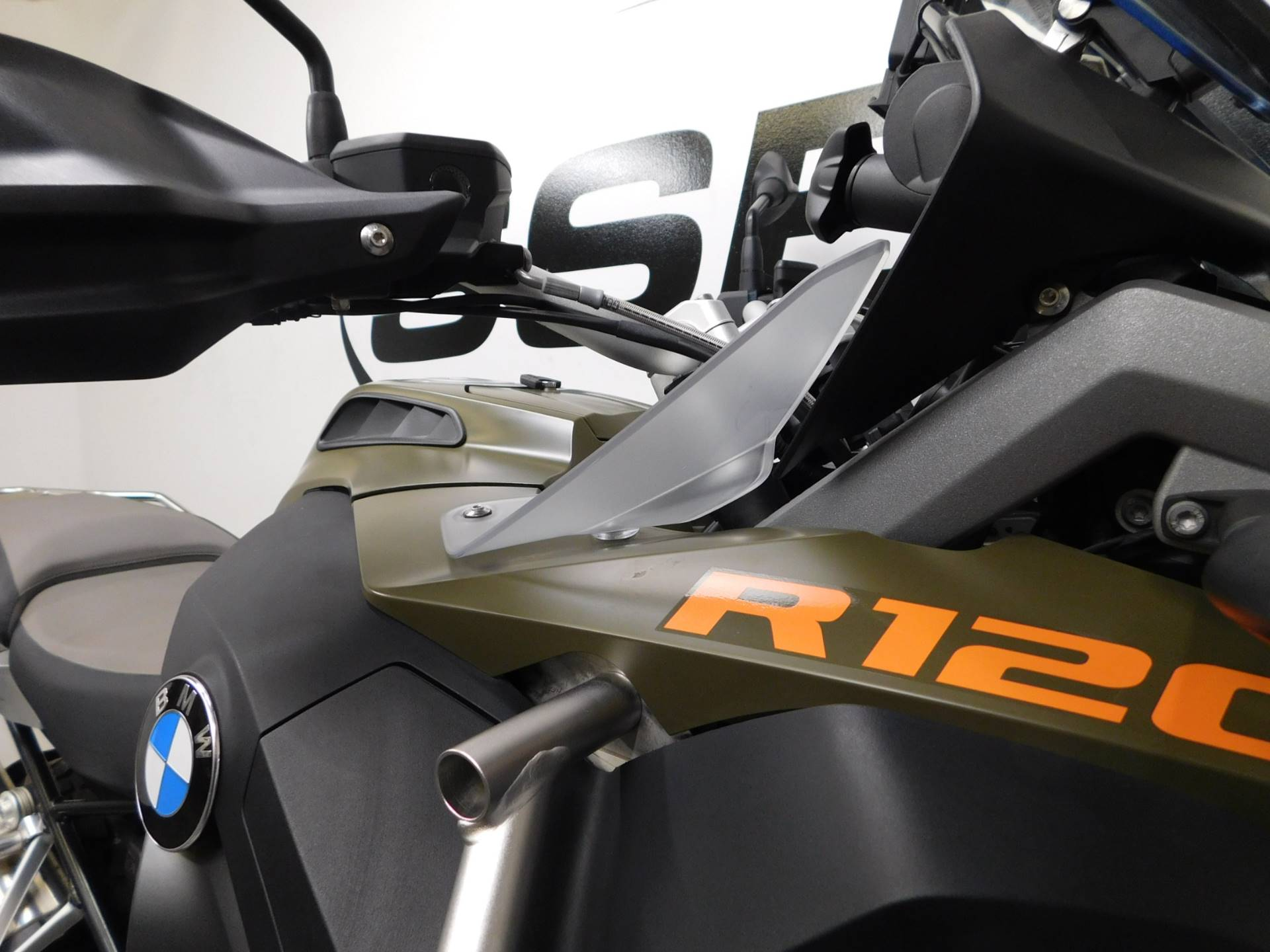 2015 BMW R 1200 GS Adventure in Eden Prairie, Minnesota - Photo 19