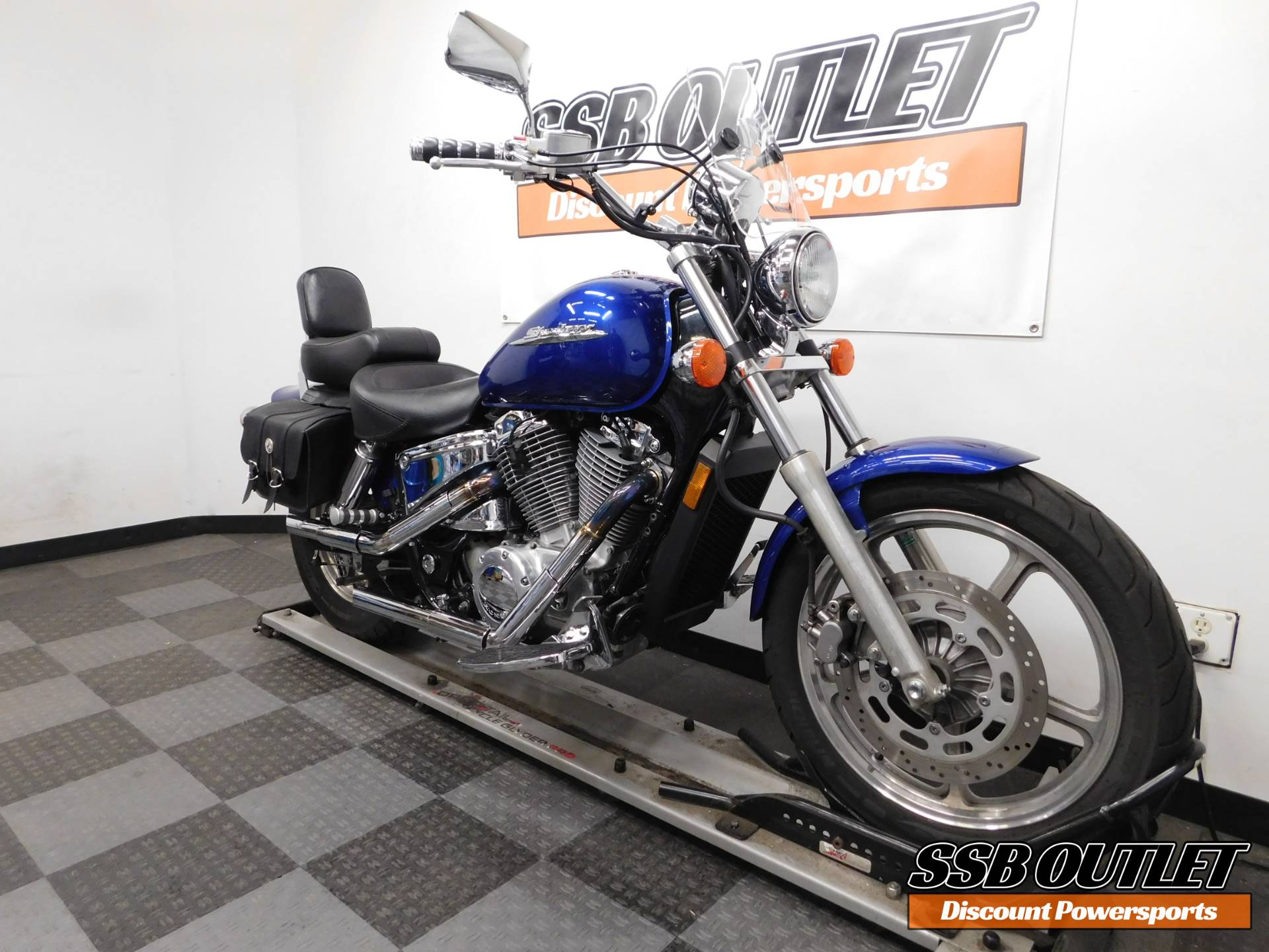 2001 Honda Shadow Spirit in Eden Prairie, Minnesota