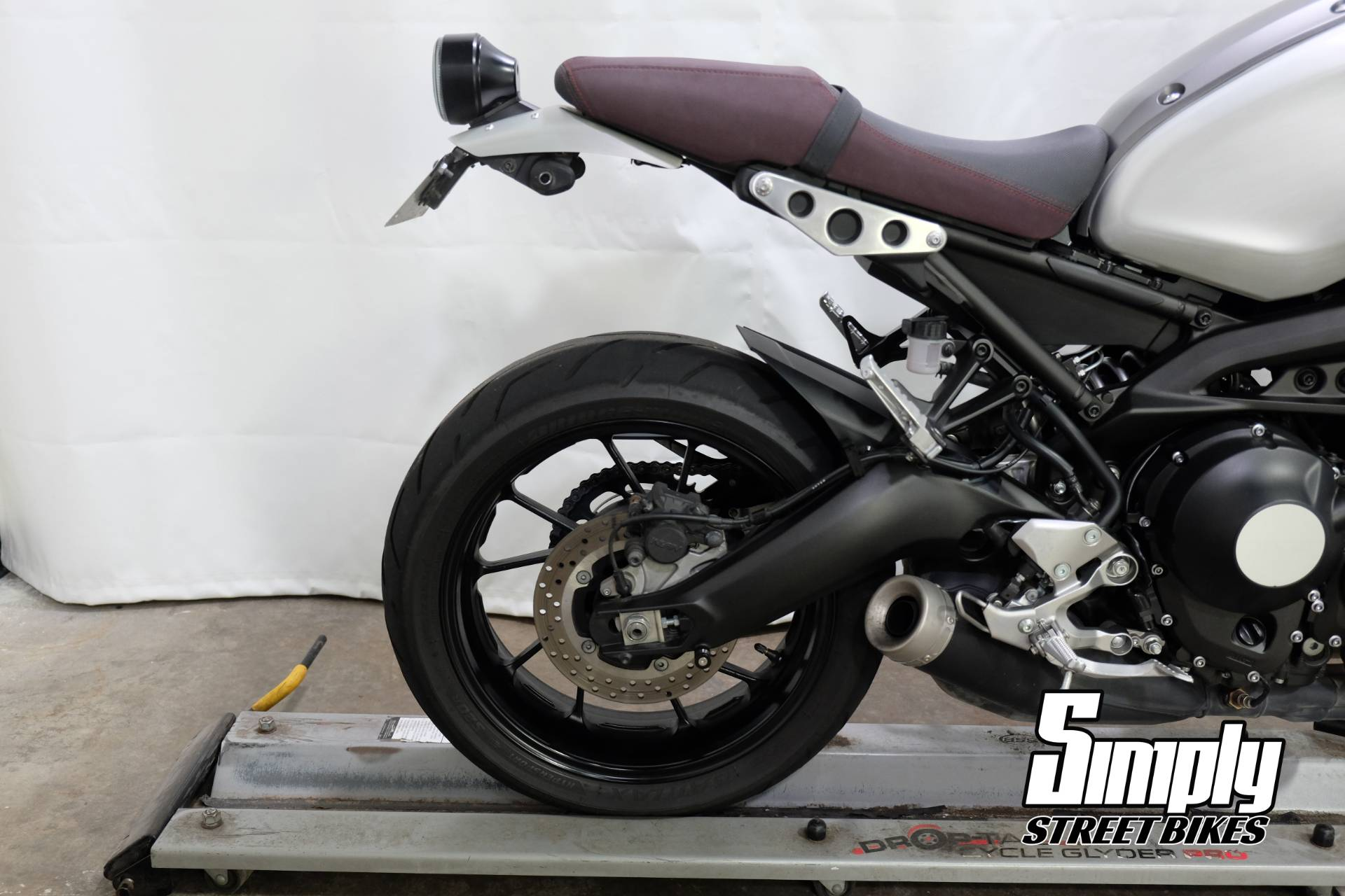 2016 Yamaha XSR900 in Eden Prairie, Minnesota - Photo 15