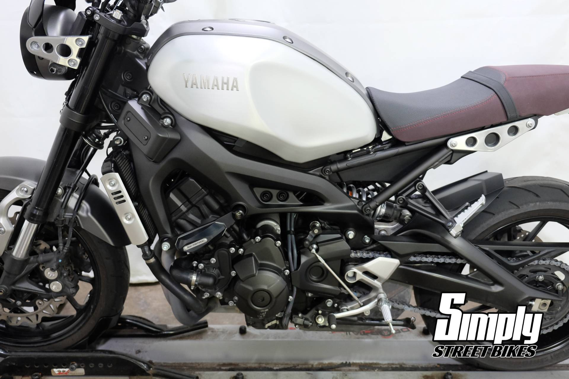 2016 Yamaha XSR900 in Eden Prairie, Minnesota - Photo 32