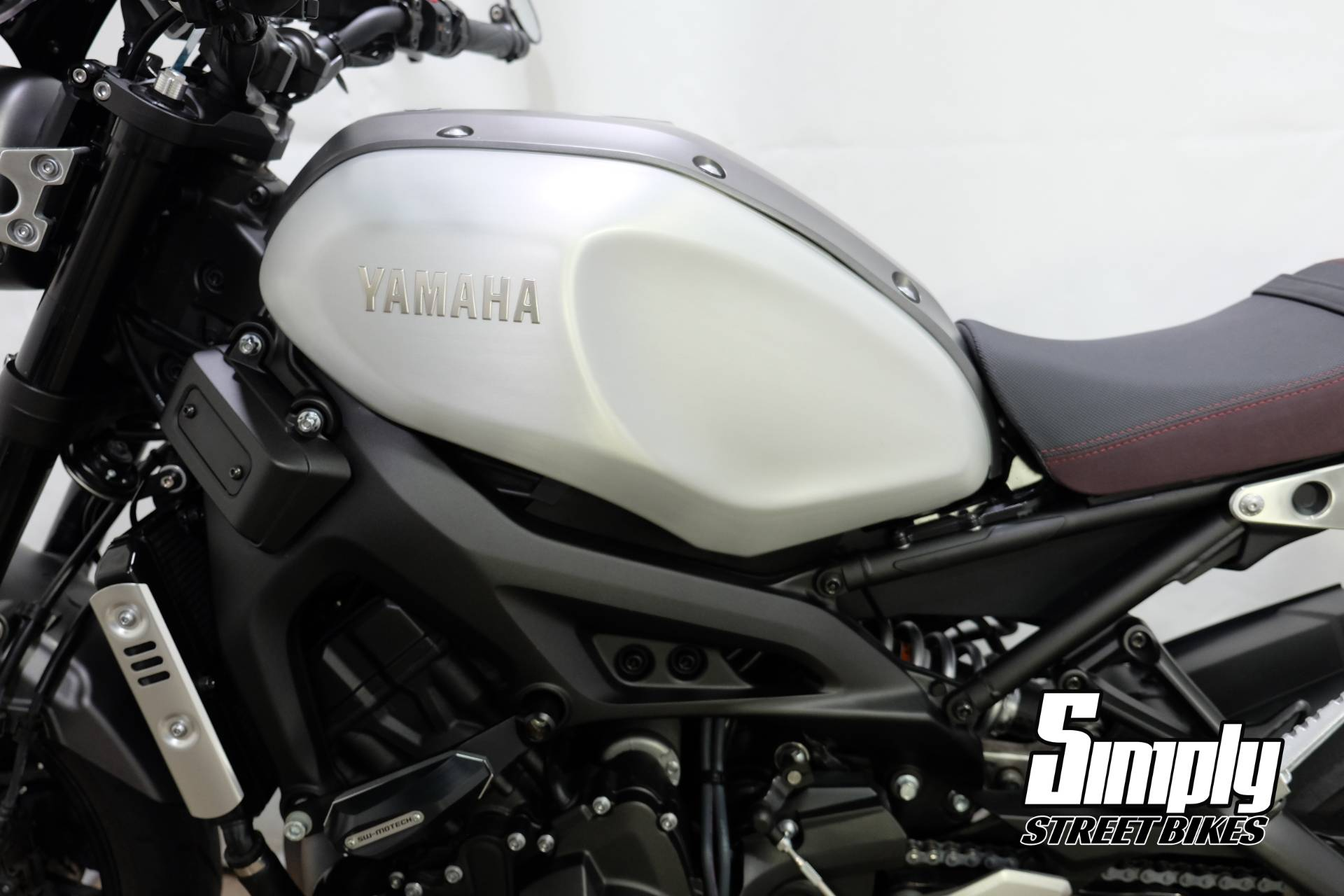 2016 Yamaha XSR900 in Eden Prairie, Minnesota - Photo 35