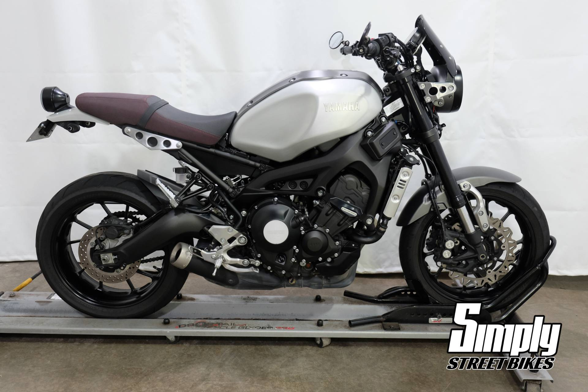2016 Yamaha XSR900 in Eden Prairie, Minnesota - Photo 1