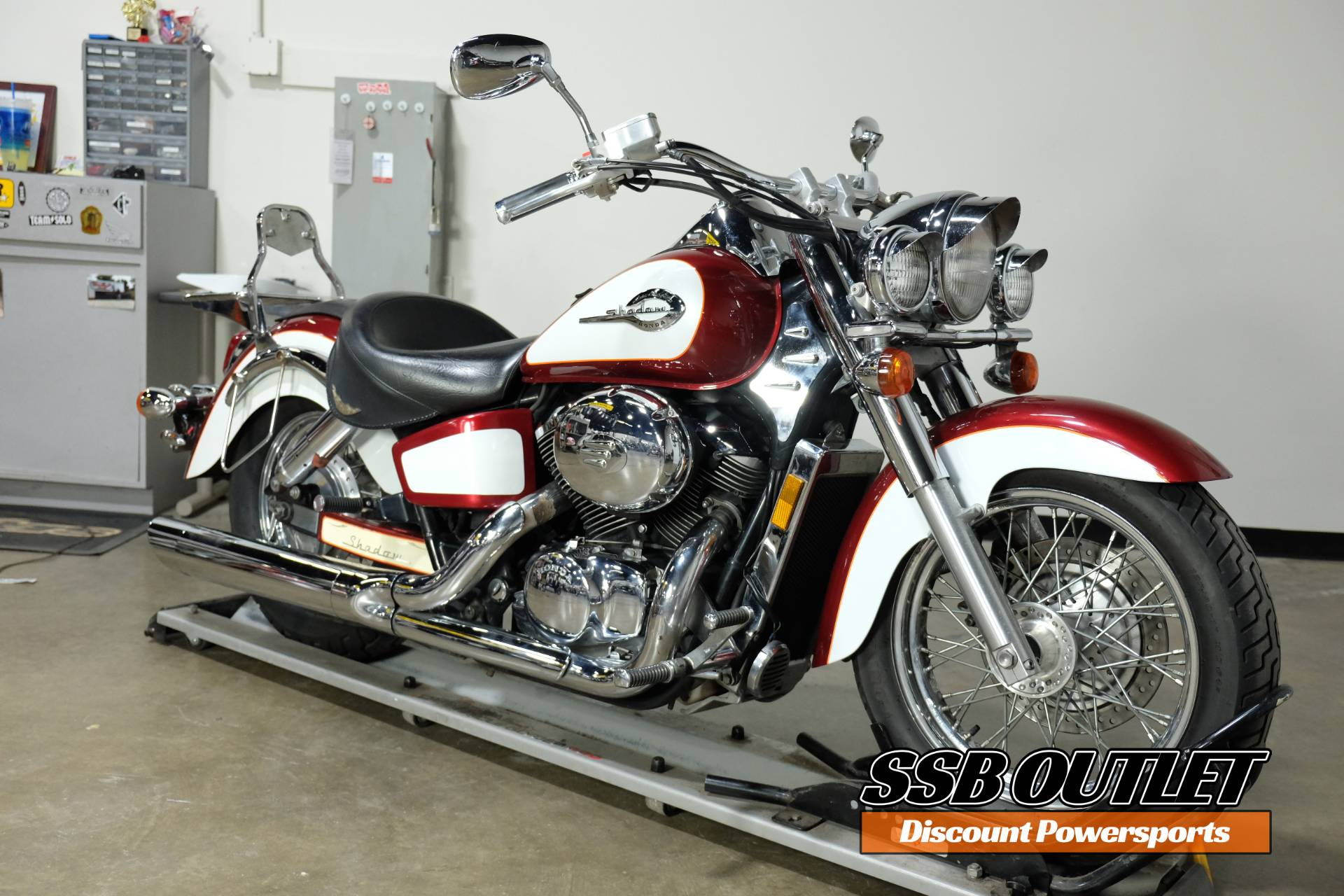 2001 Honda Shadow Ace Tourer in Eden Prairie, Minnesota - Photo 2