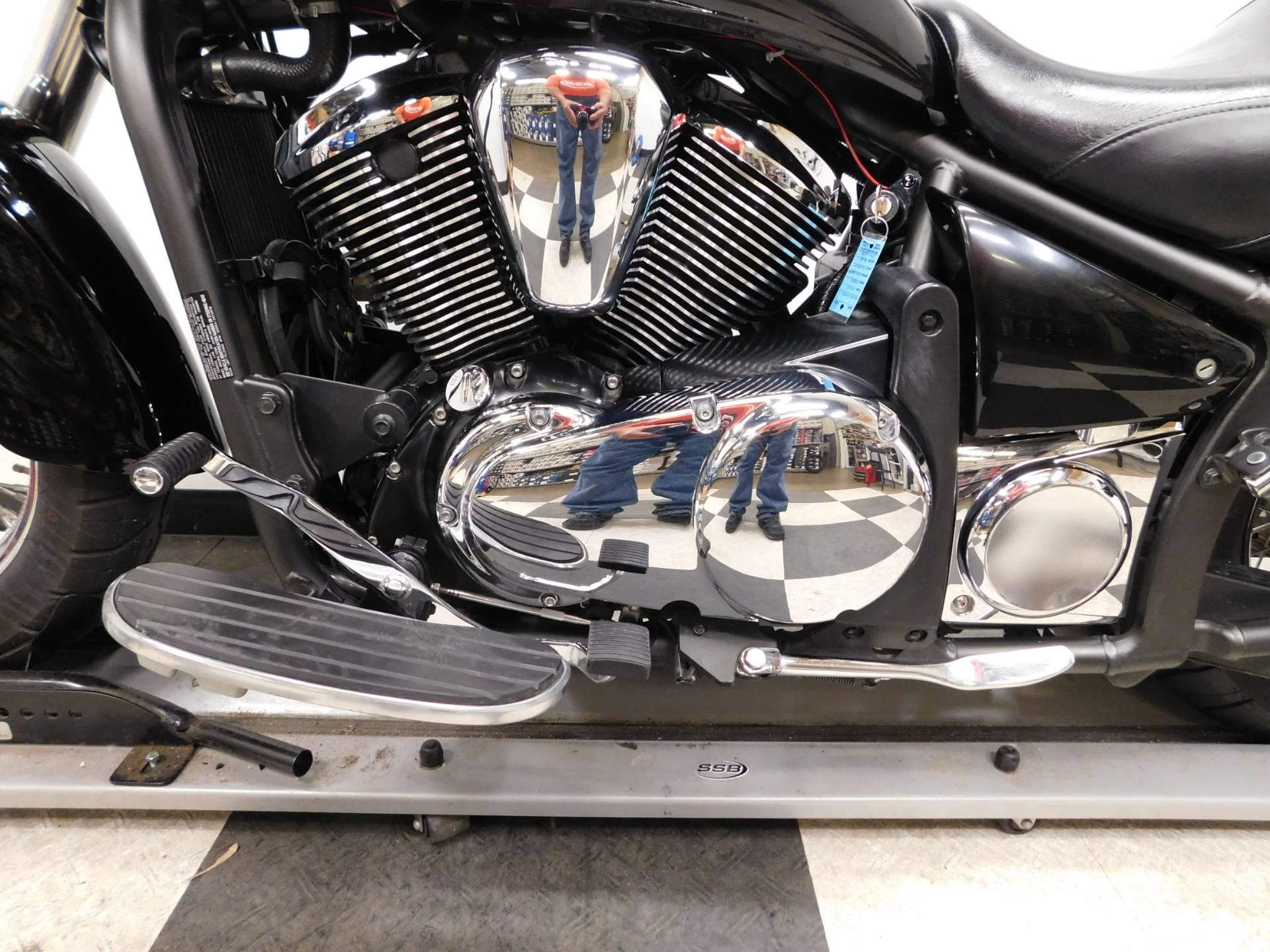 2009 Kawasaki Vulcan 900 Custom 12