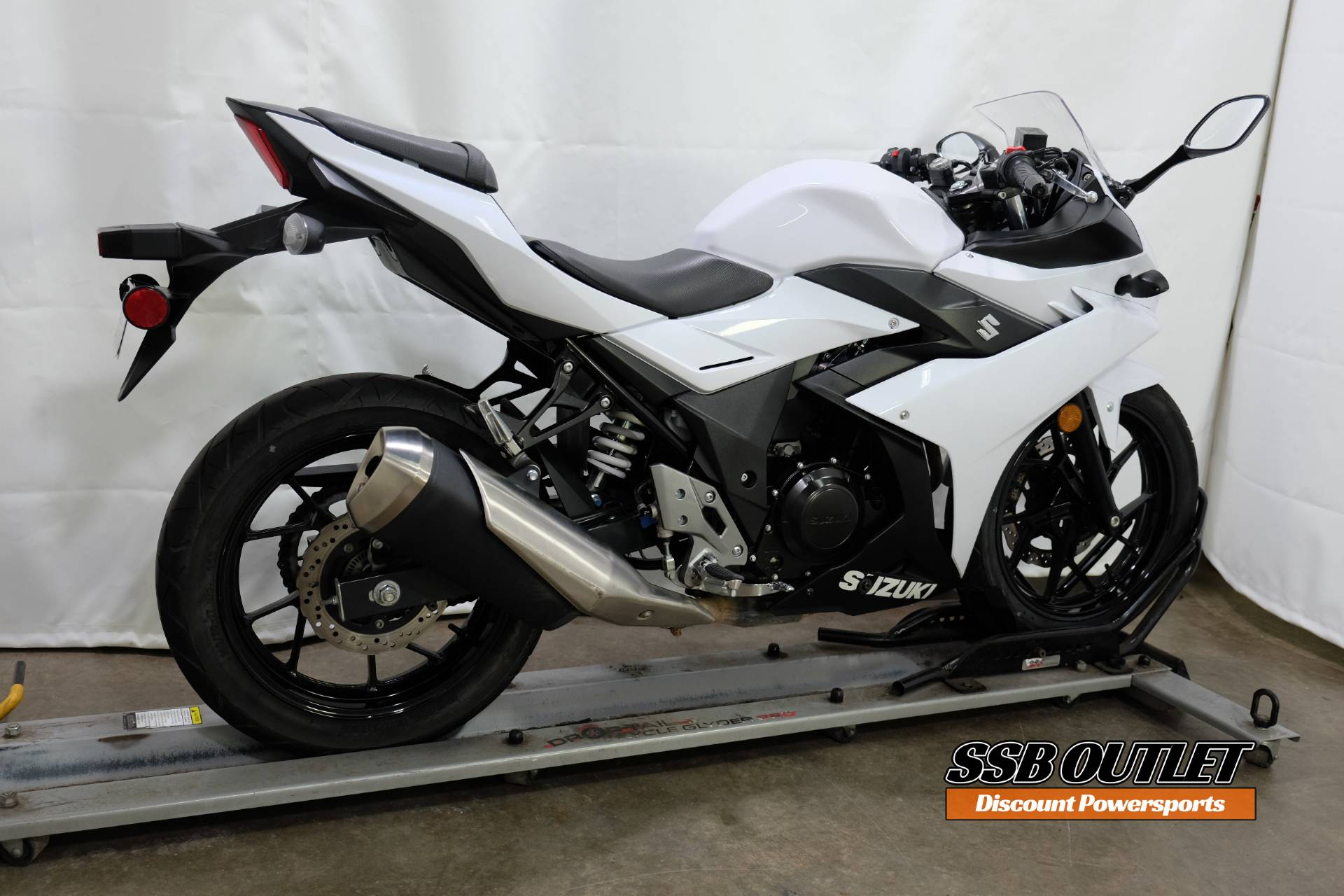 2018 Suzuki GSX250R in Eden Prairie, Minnesota - Photo 6