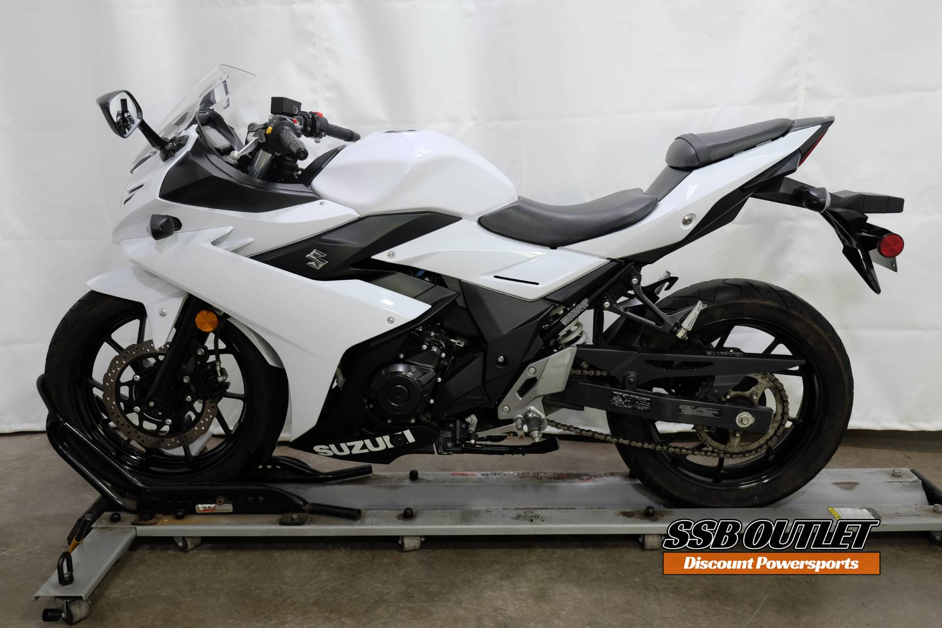 2018 Suzuki GSX250R in Eden Prairie, Minnesota - Photo 4