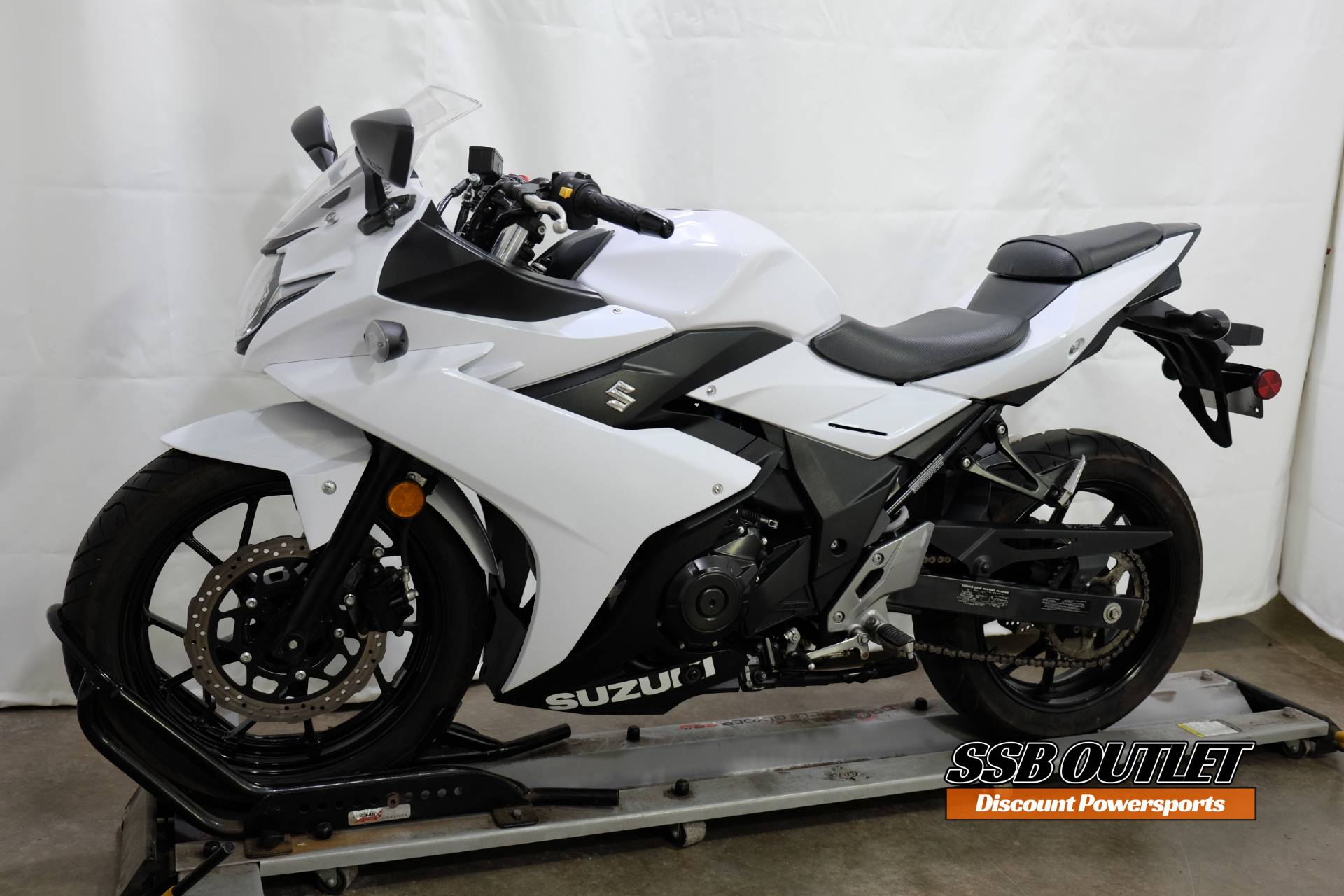 2018 Suzuki GSX250R in Eden Prairie, Minnesota - Photo 3